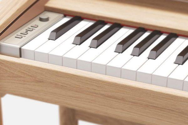 Le piano numérique peut-il rivaliser avec un piano en bois ?