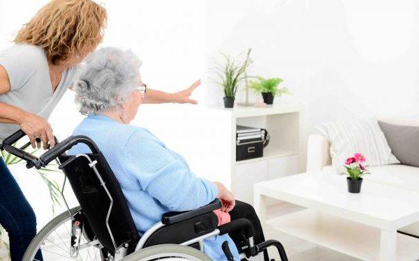 Comment choisir une résidence pour personnes âgées