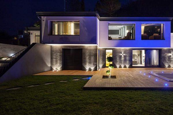 Eclairage de façade extérieure : comment le rendre esthétique