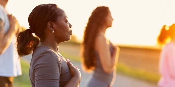 La sophrologie comme méthode contre le stress